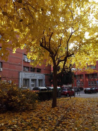 Salón de Actos (edificio biblioteca) Facultad de CC Químicas - UCM